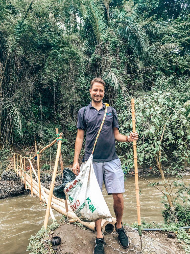 Trash walk in Ubud Bali